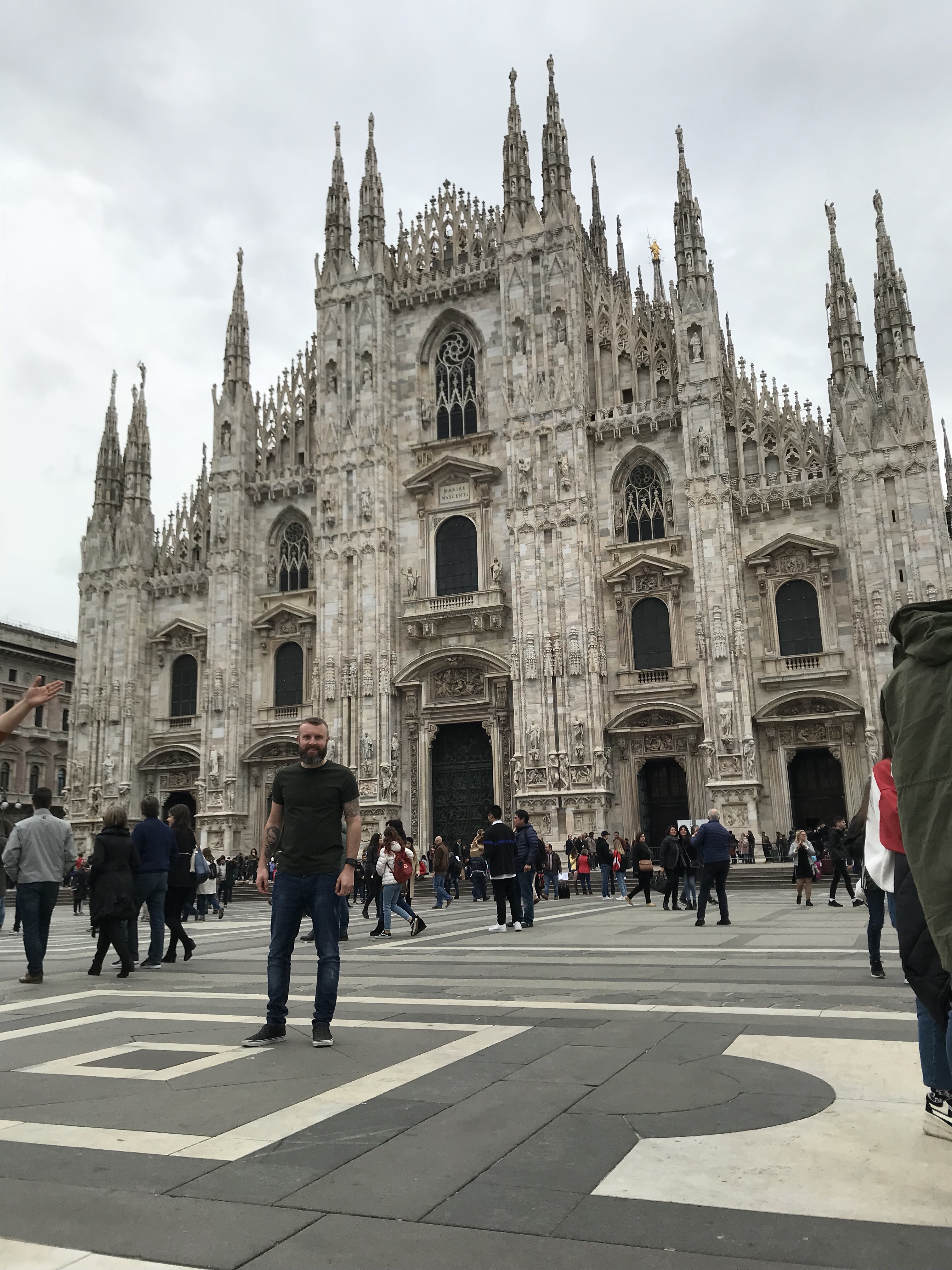 We Were Taking Our Easter Walk In Owen >> Swapping Our Easter Eggs For A Weekend In Milan Gogogaz Experience