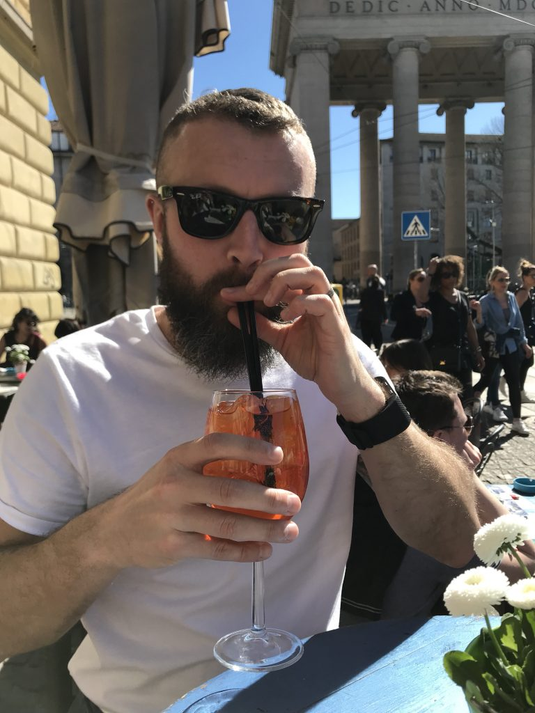 Luckily the setting and traditional Italian Aperol Spritzers in the sun made the experience worthwhile. It also encouraged us to tolerate the wait a couple of more times as the first opportunity to basque the sun in 2018 was too good to miss!